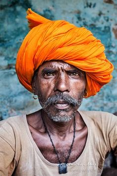 Man in orange turban Poverty Photography, People Photography, Figure Photography, Portrait Photography, Indian Face, Indian Photoshoot, Old Faces, Indian People, People Of Interest