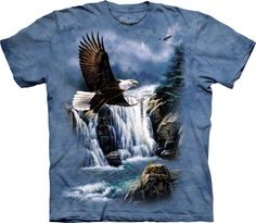 This majestic flight bald eagle t-shirt from The Mountain features dramatic bald eagle graphics! This eagle t-shirt is made of heavyweight, 100% cotton and features an over-sized relaxed fit, and also