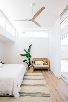 Minimalist Home Interior Home Decor Bedroom, Minimalism Interior, House Interior, Minimal Bedroom, Bedroom Decor, Home, Interior, Bedroom Design, Home Decor