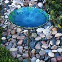 Amazon.com: Sea Glass Birdbath with Metal Stake: Patio, Lawn & Garden $25