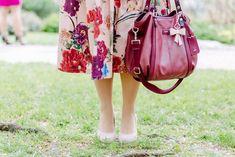 Hochzeitsgast Outfit - Das trage ich bei einer Hochzeit Pastel Pink, Pink Flowers, Bucket Bag, Outfits, Fashion, Moda, Suits, Fashion Styles, Fashion Illustrations