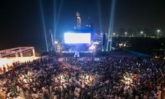 Thousands of film fans gathered on Abu Dhabi's Corniche to watch the TROPFEST Arabia 2012 finalist films for the first time.