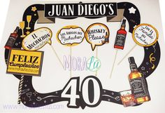 Unos 40 años con la emblemática de el mejor whisky Jack Daniels ;) eso es festejar a lo grande el cuarto piso!