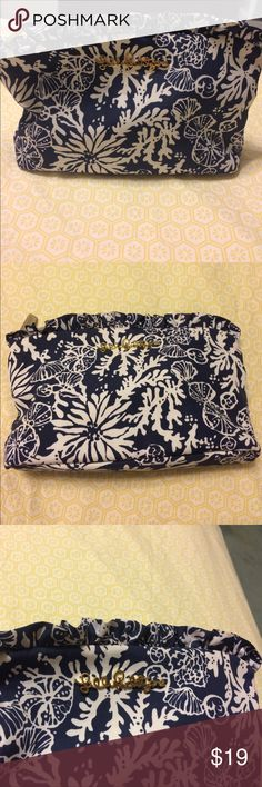 """Lilly Pulitzer Navy In The Groove Cosmetic Bag🐚🐚 """"Frou Frou"""" Navy Large Cosmetic Bag. Good condition, a few minor makeup stains (shown in pics) but otherwise in great shape.  9.5"""" x 5.5"""". Lilly Pulitzer Bags Cosmetic Bags & Cases"""