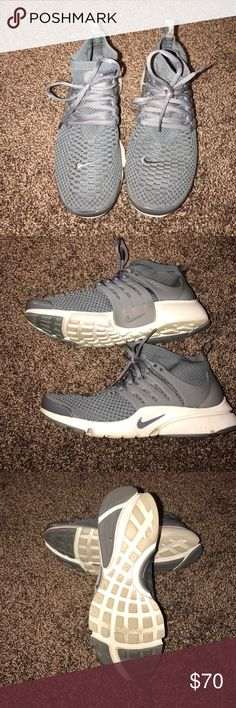 Nike Air Presto Worn once. Like new. Women's 9.5 Nike Shoes Athletic Shoes