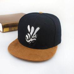 New 2015 Fashion Snapbacks Cayler Sons Embroidery Finger Skateboard Hats  Hip hop Cap Baseball Caps Toca Bone Casquette Men Women dc153ba7cec4