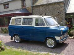 Fors Transit. Mine was red.