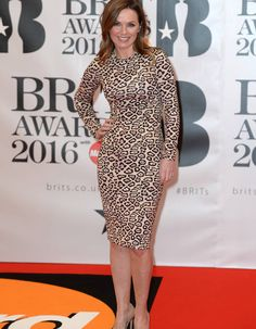 Geri Halliwell Kylie Minogue, Spice Girls, Rihanna, Brit Awards 2016, Geri Halliwell, Dresses For Work, Dresses With Sleeves, People, Long Sleeve