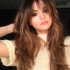 Selena Gomez Bangs Sizlingpeople Wp Content