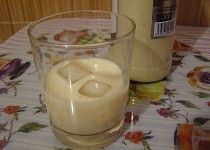 Domácí Baileys II. Baileys, Glass Of Milk, Pudding, Drinks, Food, Drinking, Beverages, Puddings, Drink