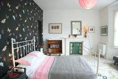 Butterfly wallpaper ...Richmond Beach House, Holiday Cottage in Ramsgate, Kent