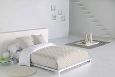 Sabanalia - Funda nórdica Niza (disponible en varios tama... https://www.amazon.es/dp/B00QFOHX3W/ref=cm_sw_r_pi_dp_x_f5Tmyb2V6N8Y1 Efecto colcha: su parte superior en tela más gruesa, evita en gran parte las molestas arrugas que afean su dormitorio y ademas visten su cama con un toque de distinción. Fabricado íntegramente en España. Exterior funda nórdica: tela 50/50 poliéster/algodón doble grueso Interior funda nórdica, bajera y funda almohada: tela sábana 50/50 poliéster/algodón.