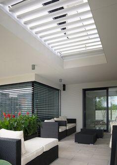 #diamonddesigncz #diamonddesigneu #outdoorliving #bioklimatic #bioklimatickepergoly #camargue #aero #renson #lamelovystrop #minimalist #sunprotection #rainprotection #dustprotection #stineni #ochranapreddestem #ochranapredvetrem #ochranapredprachem #windprotection #integratedscreens #integrovanescreeny #luxuryterrace #luxusniterasa #whirlpool #vířivka Solar Shades, Diamond Design, Outdoor Furniture, Outdoor Decor, Terrace, Blinds, Outdoor Living, Pergola, Minimalist