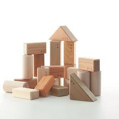 Edificio conjunto de bloques don de Oak Village parqué M