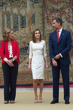 L-R) Infanta Elena of Spain, King Felipe VI of Spain and Queen Letizia of Spain receive Rio 2016 Paralympic Medalists at El Pardo Palace on September 28, 2016 in Madrid, Spain.