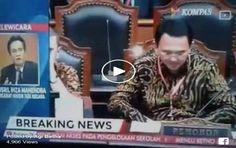 SKAKMAT Yusril pada Kompas TV: Anda Pewancara TV atau Jubirnya Ahok???  [portalpiyungan.com] JAKARTA - Pakar hukum tata negara Prof. Yusril Ihza Mahendra diwawancarai lewat telepon oleh Kompas TV pada Rabu (31/8/2016) terkait judicial review UU Pilkada yang diajukan Gubernur Ahok kepada Mahkamah Konstitusi (MK). Kompas TV mewawancarai Yusril untuk menggali pendapat soal judicial review yang diajukan Ahok. Pernyataan-pertanyaan yang dilontarkan pembaca berita Kompas TV dijawab Yusril dengan…