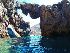 Schlucht von Agiofarango Kreta: Diese Schlucht liegt im Süden Zentralkretas und ist eine kurze Schluchtenwanderung, die an einem wunderschönen Strand