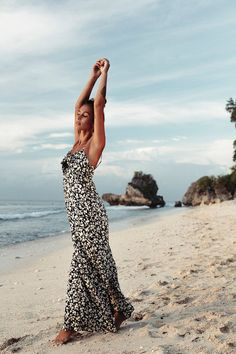 Twist and Shout Jumper // Coastal Bliss Collection