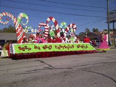 yeah grinch christmas decorations christmas float ideas christmas parade