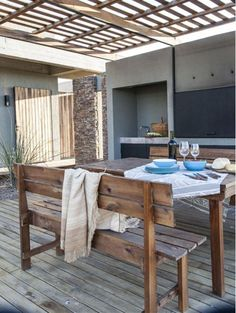 Outdoor Dining, Outdoor Decor, Home Projects, Terrace, Outdoor Furniture Sets, Architecture, Table, Home Decor, House Tours
