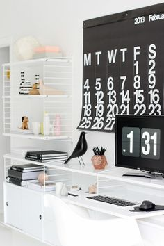 I told you all about my home office inspiration in my last post and the String shelving system was at the top of my temptation list. String is the original shelving system designed by the Swedish a… String Regal, String Shelf, Farmhouse Side Table, Bureau Design, Home And Deco, Cool House Designs, Eames, Decoration, Living Room Designs