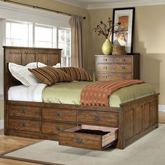 Adorn your bedroom with the subtly rustic, striking look of Oak Park Bedroom Collection by Intercon. The timeless, heirloom look of the Oak Park collection is created by solid lines and straight mouldings, all constructed out of solid oak for a handmade appeal. Other mission accents like wood slats and rustic, dark metal hardware add to the classic Americana feel. This exceptional collection is packed with storage, and all drawers feature solid, cedar drawer boxes with full-extension glides, ... Mission Style Bedrooms, Queen Bett, Underbed Storage Drawers, Beds With Storage Drawers, 3 Drawer Storage, Diy Beds With Storage, Under Bed Storage, Bed Drawers, Bookcase Storage