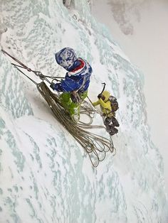With all those sharp tools, screws and crampons around, good rope management is critical.