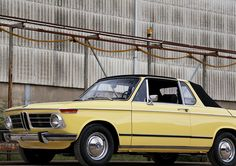 1973 BMW 2002 - Baur Convertible Targa - Fully restored nuts and bolts - Condergelb | Classic Driver Market
