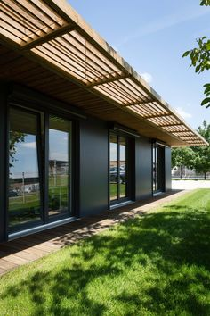 Use Solar Shades to Save Money and Enhance Your Home
