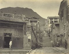 Ladder Street (樓梯街) in the crowded Chinese quarter, ca the Victoria City of Hong Kong Tin Hau Temple, Exposure Time, Long Exposure, Victoria City, British Hong Kong, Picture Albums, Old Paris, Chinese Architecture, Photography Lessons