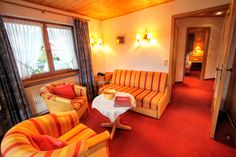 #Appartement Apartment Nr. 12 Wohnzimmer im Gatterhof in Riezlern #kleinwalsertal Apartments, Couch, Furniture, Home Decor, Living Room, Nice Asses, Homemade Home Decor, Sofa, Couches