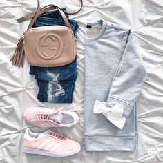 @sunsetsandstilettos- casual outfit inspiration- bow sweatshirt and pink adidas gazelles