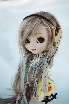 Hahaha looks half asian! So cute!