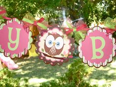 look whoo's turning one -Birthday Banner- with Ribbon. Owl Themed Parties, Owl Parties, Holiday Parties, Party Themes, Holiday Decor, Party Ideas, First Birthday Banners, Birthday Fun, Birthday Parties