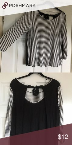 Black and White Striped Tie-Back Blouse Black and White Striped Tie-Back Blouse Forever 21 Tops Tees - Long Sleeve