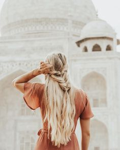 I've been really loving fishtail braids lately! Do you like this hairstyle, yes or no?? #india
