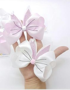 66 Ideas For Diy Baby Headbands Ribbon Hair Bow Tutorial Diy Baby Headbands, Baby Bows, Ribbon Hair Bows, Diy Hair Bows, Handmade Hair Bows, Hair Bow Tutorial, Ribbon Bow Tutorial, Diy Bebe, Girls Hair Accessories