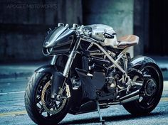 This Ducati 'Raffale' by Apogee Moto is clad with all carbon fiber bodywork offering 191 in horsepower. Cafe Bike, Cafe Racer Bikes, Cafe Racer Motorcycle, Motorcycle Design, Motorcycle Jeans, Motorcycle Camping, Camping Gear, Concept Motorcycles, Cool Motorcycles