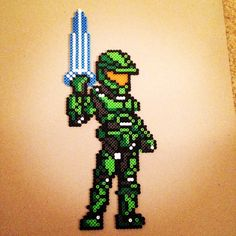 Master Chief Halo perler beads by kristinlee10