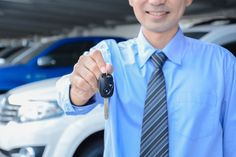 Students In Auto Mechanic Training: Here Are 4 Tips For Breaking In New Cars