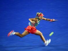 Alles gegeben - Angelique Kerber im Finale der Australian Open. Im Endspiel setzte sie sich schließlich mit 6:4, 3:6, 6:4 gegen die Weltranglisten-...