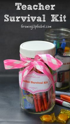 Wondering how to make an easy DIY teacher gift? Fill a mason jar full of everything a teacher needs for back to school in this teacher survival kit. Add our free printable tag, for a unique gift.