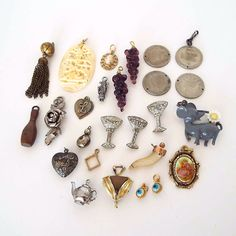 26 Piece Estate Lot Vintage Charms Pendants Locket Coins Bowling Pin Cameo Horn #Unbranded