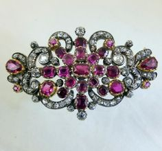 Diamond and Burma rubies brooch. The stones are set in gold. Probably English ca. 1820.