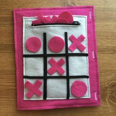 Tic Tac Toe Quiet Book Page: Felt Books, Preschool Game, Toddler Activity, Trave. Diy Quiet Books, Baby Quiet Book, Felt Quiet Books, Diy Busy Books, Quiet Book Templates, Quiet Book Patterns, Preschool Games, Toddler Activities, Family Activities