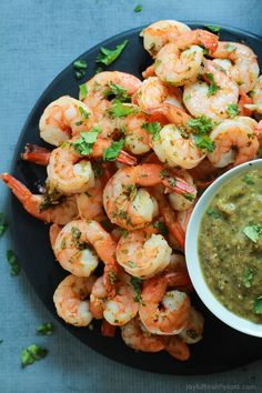 Cilantro Lime Roasted Shrimp packed with fresh cilantro and zesty lime then served with a homemade Roasted Tomatillo Sauce - this classic appetizer with a twist will be your new favorite! Quick Easy Dinner, Quick Dinner Recipes, Easy Healthy Dinners, Easy Healthy Recipes, Quick Easy Meals, Tomatillo Sauce, Roasted Tomatillo, Cilantro Lime Shrimp, Roasted Shrimp