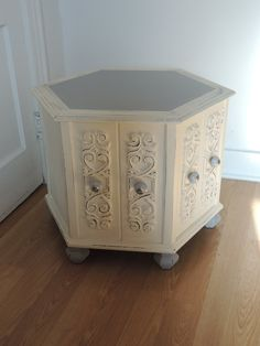 Items similar to Lovely hand-painted octagonal end table w/ storage on Etsy - amelia Thrift Store Furniture, Refurbished Furniture, Colorful Furniture, Repurposed Furniture, Painted Furniture, Furniture Update, Home Decor Furniture, Furniture Makeover, Painted End Tables