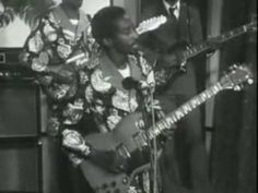 Bembeya Jazz - Petit Sekou. 1979   https://youtu.be/uoq6_2xnQeY