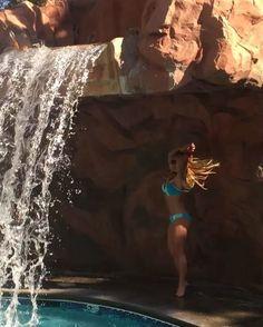 britney spears bikini body swim style through the years