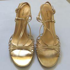 CHINESE LAUNDRY Gold Metallic Heels CHINESE LAUNDRY Gold metallic heels size 8.5. Perfect for a night out or any dressy occasion. Heel height 4 in. Gently worn like new condition. Chinese Laundry Shoes Heels